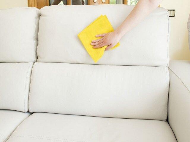 Средства для чистки обивки мебели, ковров, изделий из ворсовых тканей