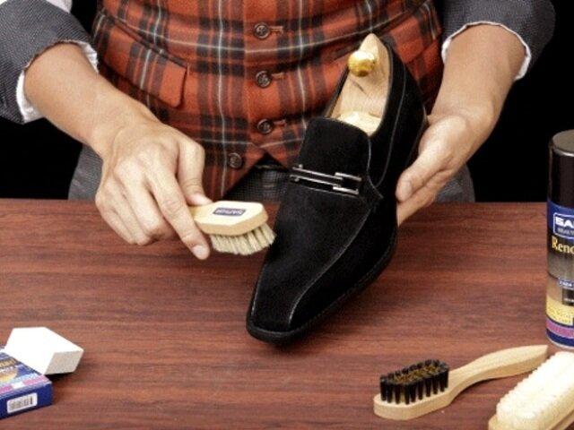 Не забывайте каждый день чистить щеткой и обрабатывать специальными средствами вашу обувь