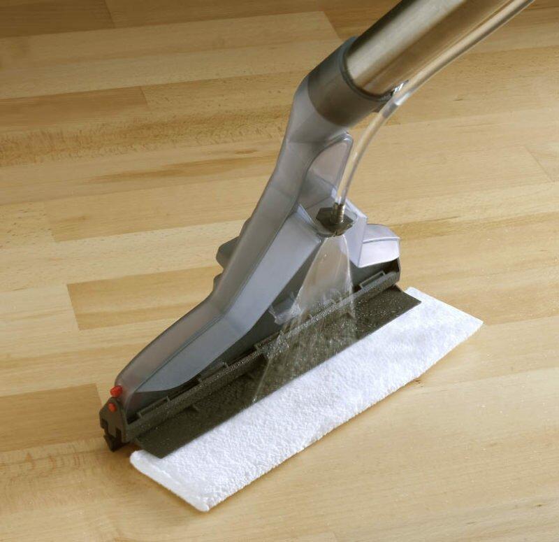 Можно ли использовать моющий пылесос для ламинированного пола