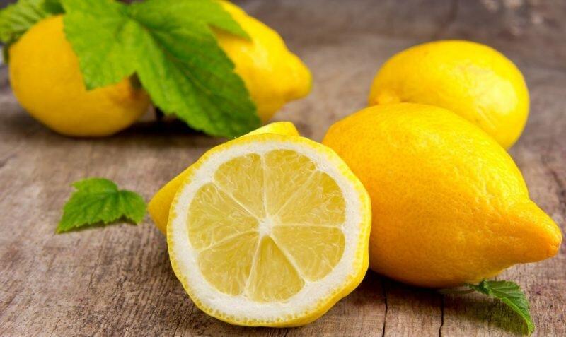 Сахар и лимонный сок