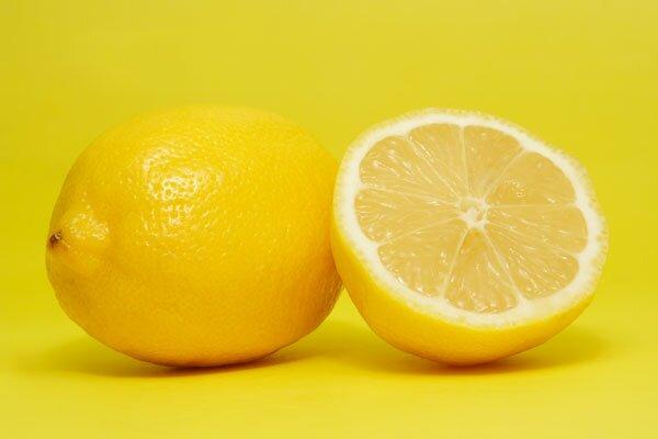 Эффективный и простой метод – водный раствор с использованием мыла