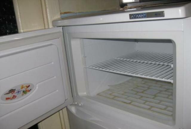 Как удалить засохшую монтажную пену с одежды в домашних условиях