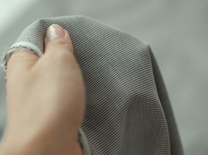Небольшая жесткость ткани