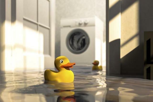 Почему течет вода из стиральной машины