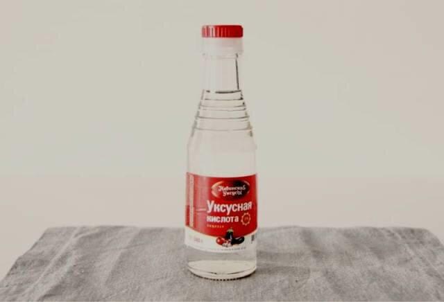 Борьба с запахом пластика с помощью подручных средств