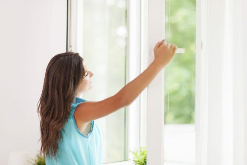 После окончания уборки следует регулярно проветривать помещение в течение нескольких часов.