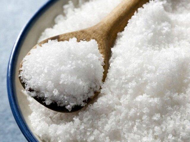 Используем поваренную соль