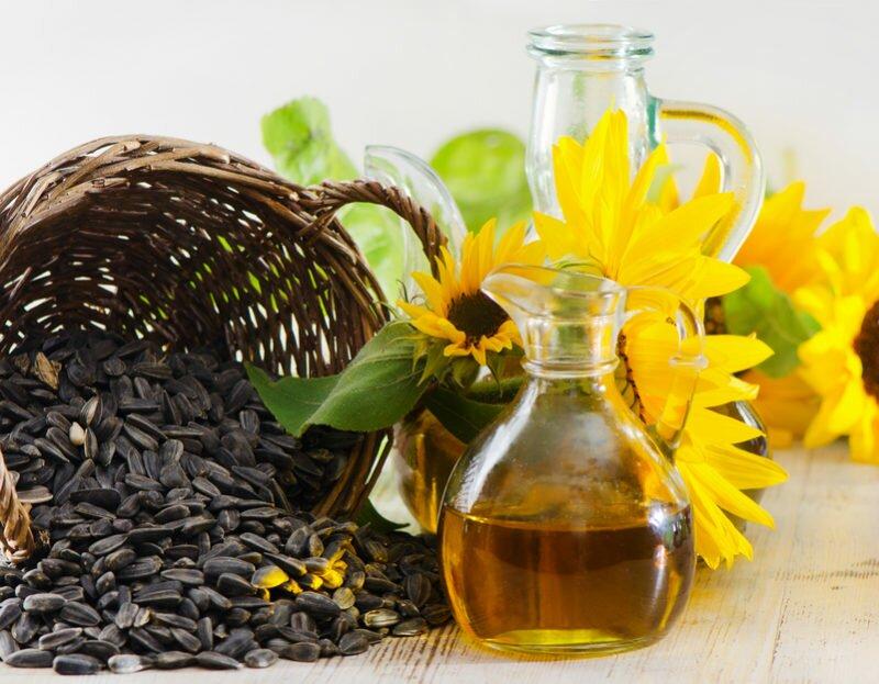 Растительное масло поможет обновить поверхности, потерявшие блеск.