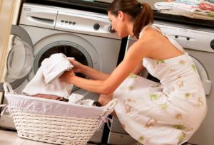 Чем в домашних условиях отбелить кухонные полотенца