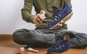 Способы восстановления обуви из замши
