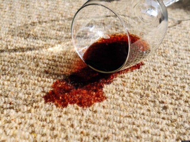 Советы по удалению пятен от красного вина