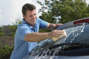 Средство для автомобильных стекол
