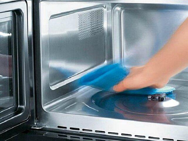 Чем отмыть микроволновку – легкие и дешевые способы очиститки