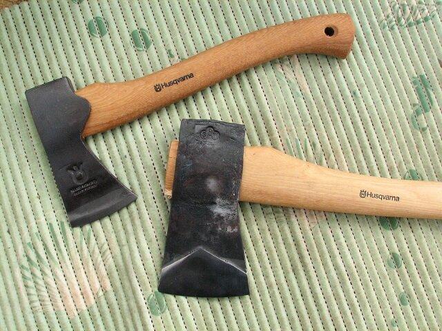Толстый слой покрытия можно удалить топором.