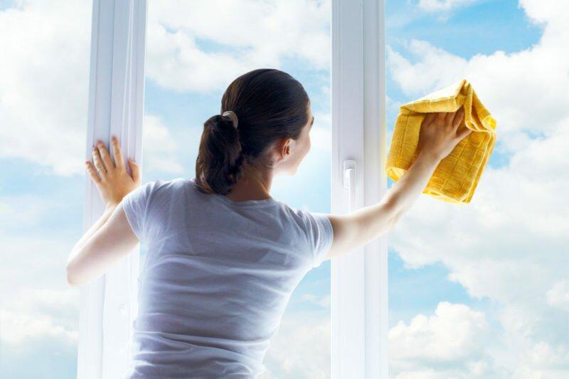 Чем помыть пластиковые окна от грязи и пыли