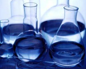 Раствор денатурированного спирта и ацетона